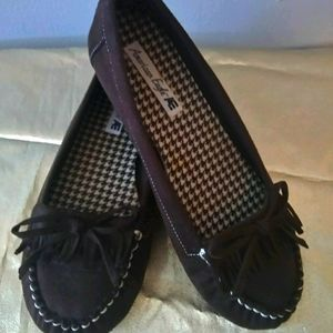 AMERICAN EAGLE BROWN MOCCASINS